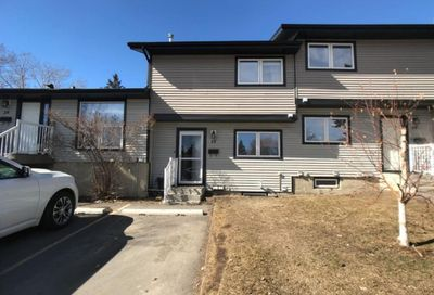 51 Big Hill Way Airdrie AB T4A1M7