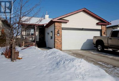 34 Oldring Crescent Red Deer AB T4P3W1