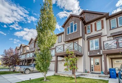 413 Windstone Grove Airdrie AB T4B3T4