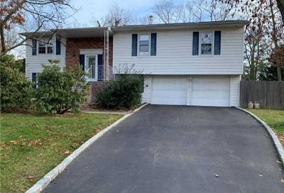 3 Henearly Drive Miller Place NY 11764