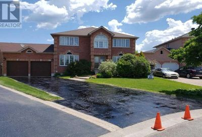 15 Gregory Court Barrie ON L4N0R8