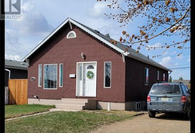 1411 110th ST North Battleford SK S9A2J3