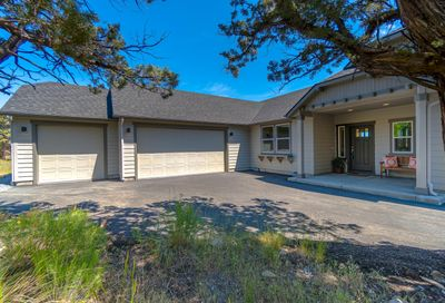 168 Highland Meadow Loop Redmond OR 97756