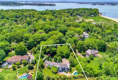 123 W Creek Farms Road Sands Point NY 11050