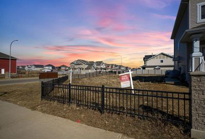 213 Heritage Drive Fort McMurray AB T9K0X9