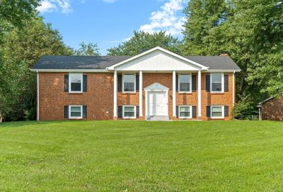 506 Countryside Dr Clarksville TN 37043