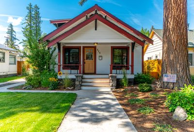 273 NW Jefferson Place Bend OR 97703