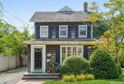 271 Pearsall Place Lawrence NY 11559