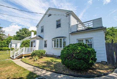 19 S Clinton Avenue Bay Shore NY 11706