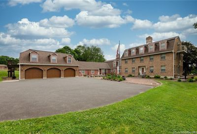 194 Artillery Road Call Listing Agent CT 06762