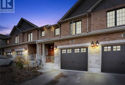 79 Nathan Crescent Barrie ON L4N7Y5