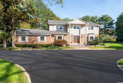 117 Sterling Court Muttontown NY 11791