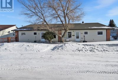 1-2-3-4 346 Cowie CRES Swift Current SK S9H4W1