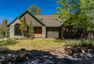 64001 Tanglewood Drive Bend OR 97701