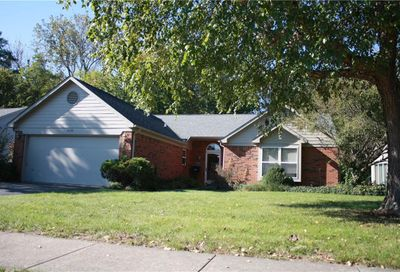 5620 Crystal Bay West Drive Plainfield IN 46168