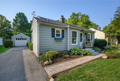1827 E 66th Street Indianapolis IN 46220
