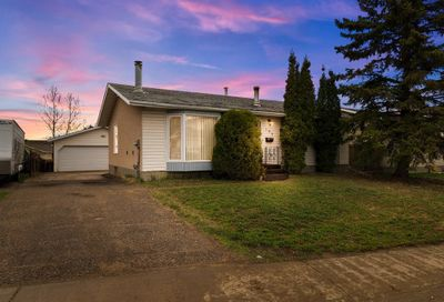 153 Robin Crescent Fort McMurray AB T9H2W4