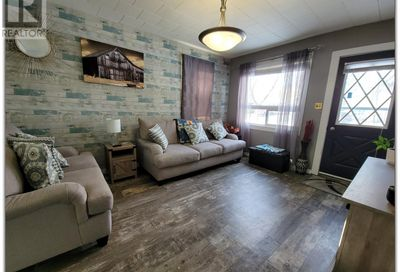 1882 102nd ST North Battleford SK S9A1H5