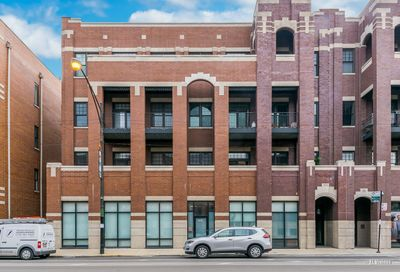 2905 N Halsted Street Chicago IL 60657