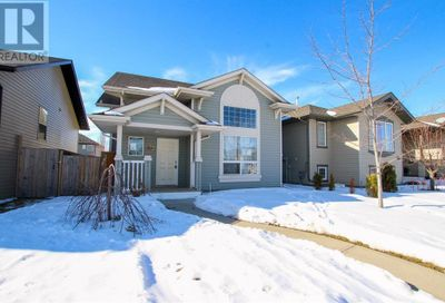 132 Kentwood Drive Red Deer AB T4P0A5