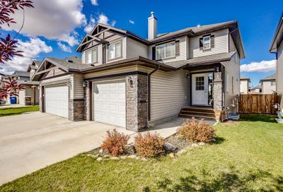 2345 Baywater Crescent Airdrie AB T4B0T4