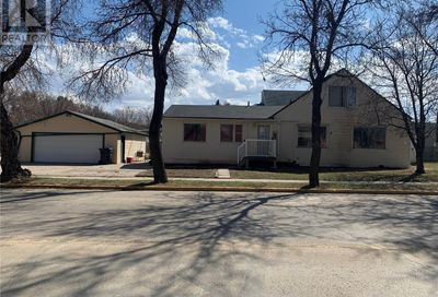 161 Betts AVE Yorkton SK S3N4A2
