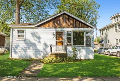 30 N Lincoln Street Westmont IL 60559