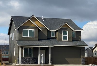 743 NW 26th Street Redmond OR 97756