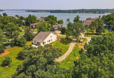 3038 Lakeshore Dr Old Hickory TN 37138