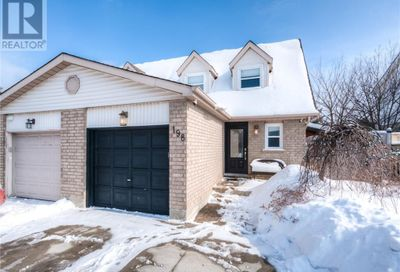 198 Northview Heights Drive Cambridge ON N1R8C6