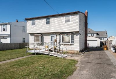 16 Clifton Drive Patchogue NY 11772