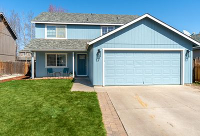 3153 SW Newberry Avenue Redmond OR 97756