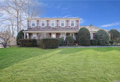 66 Woodland Rd Road Miller Place NY 11764