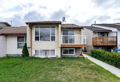 442 Templewood Place Calgary AB T1Y4A9