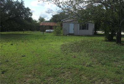 306 East Avenue Florence TX 76527