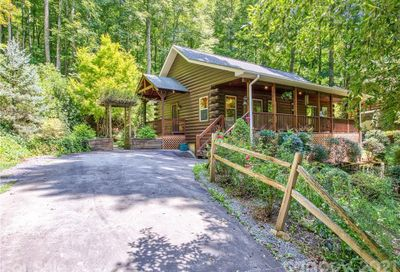 120 Forest Hill Road Waynesville NC 28785