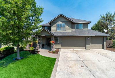 2157 NW Sterling Avenue Redmond OR 97756