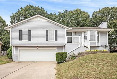 129 NW Whitlock Drive Lee'S Summit MO 64081