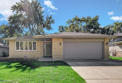4923 Forest Court Oak Forest IL 60452