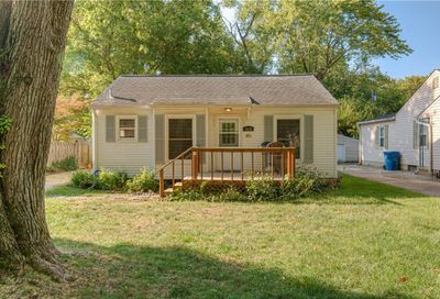1819 E 66th Street Indianapolis IN 46220