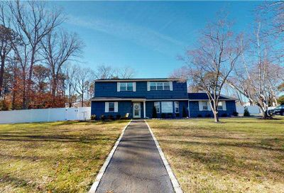 24 Henearly Drive Miller Place NY 11764