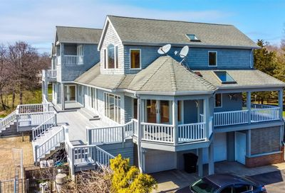 26 Old Neck South Road Center Moriches NY 11934