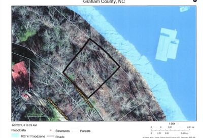 8-A Fontana Forest Road Robbinsville NC 28733