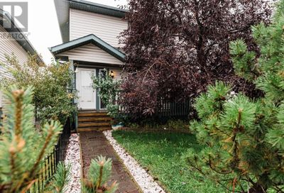 252 Sitka Drive Fort McMurray AB T9H5C9