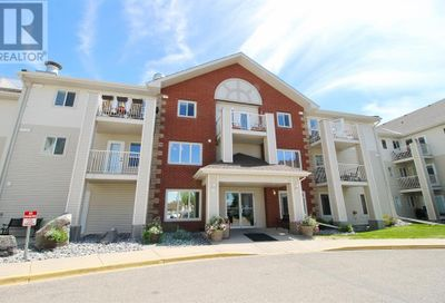 56 Carroll Crescent Red Deer AB T4P3Y3