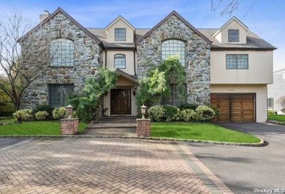 111 Willow Road Woodmere NY 11598