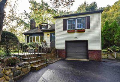 322 Littleworth Lane Sea Cliff NY 11579