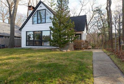62 N Creek Road Northport NY 11768
