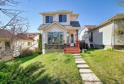 144 Harvest Gold Heights Calgary AB T3K4H2