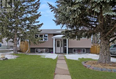 820 2nd AVE SE Swift Current SK S9H3Y2
